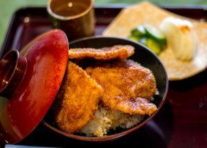 源の屋 ソースカツ丼